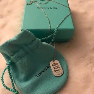 Tiffany & Co. - Nike Women's Marathon Necklace